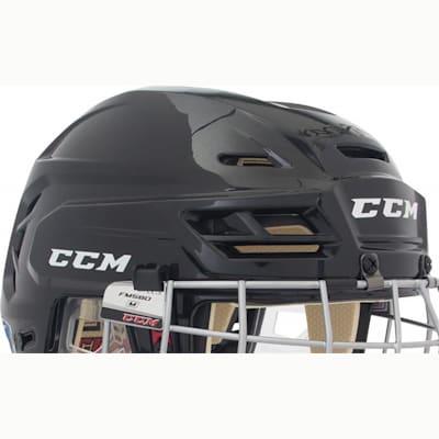 (CCM RES 110 Hockey Helmet Combo)