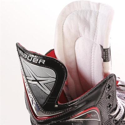 S17 Vapor X500 Ice Skate - Tongue Shot (Bauer Vapor X500 Ice Hockey Skates - 2017 - Senior)