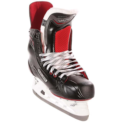 S17 Vapor X500 Ice Skate - Front Angle (Bauer Vapor X500 Ice Hockey Skates - 2017 - Senior)