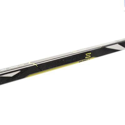 (CCM Ribcor 65K Grip Composite Hockey Stick - Senior)