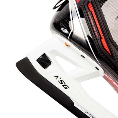 (CCM JetSpeed FT2 Goalie Skates - Senior)