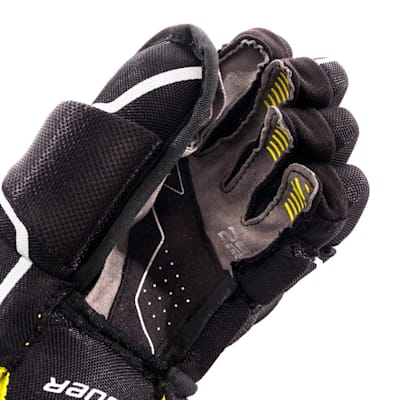(Bauer Supreme 2S Pro Hockey Gloves - Youth)