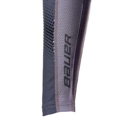 (Bauer S19 Pro Long Sleeve Base Layer Top - Adult)