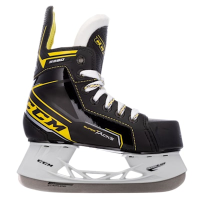 (CCM Super Tacks 9380 Ice Hockey Skates - Youth)