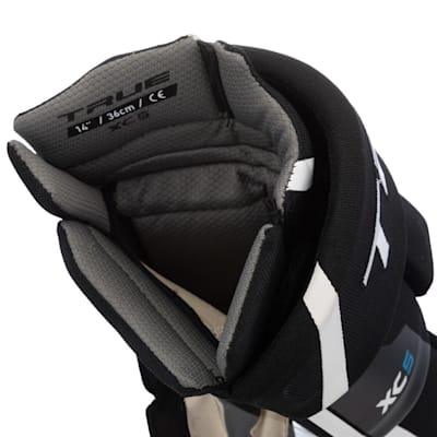 (TRUE XC5 Hockey Gloves - Junior)
