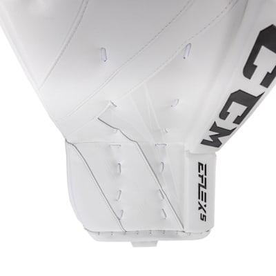 (CCM Extreme Flex 5 Pro Goalie Leg Pads - Senior)