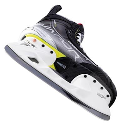(Bauer Vapor Hyperlite Ice Hockey Skates - Intermediate)