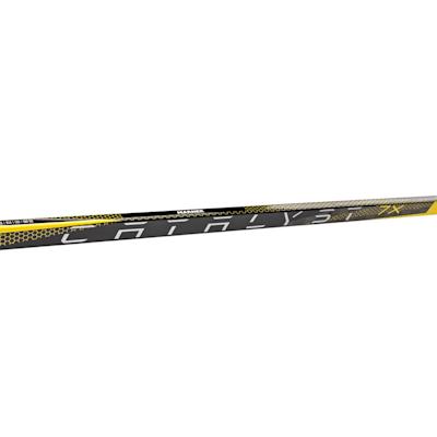 (TRUE Catalyst 7X Grip Composite Hockey Stick - Intermediate)