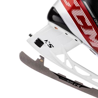 (CCM Jetspeed FT4 Ice Hockey Skates - Senior)