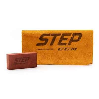 (CCM Step Blacksteel Leather Honing Stone & Cloth Kit)