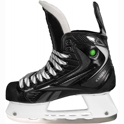 Max Armour V Quarter Provides Support (Reebok 12K Pump Ice Hockey Skates - Junior)