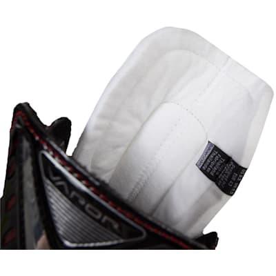 Tongue View (Bauer Vapor X500 Ice Hockey Skates - Junior)