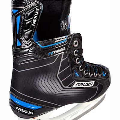 (Bauer Nexus N7000 Ice Hockey Skates - Junior)