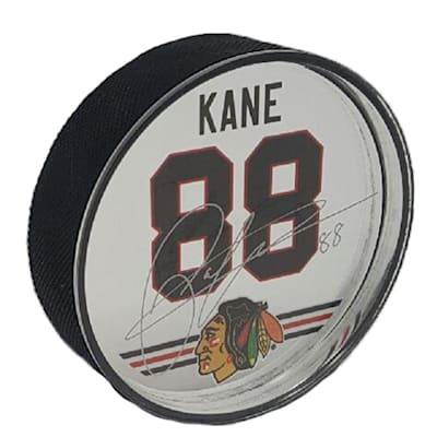 (Patrick Kane Signature Puck)