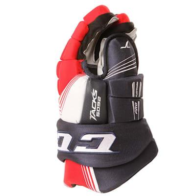 Tacks 5092 Gloves (2017) - Side View (CCM Tacks 5092 Ice Hockey Gloves - Senior)