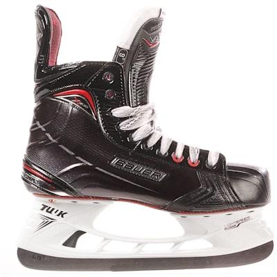 S17 Vapor X900 Ice Skate - Side View (Bauer Vapor X900 Ice Hockey Skates - 2017 - Junior)