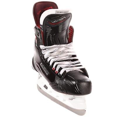 S17 Vapor X900 Ice Skate - Front Angle (Bauer Vapor X900 Ice Hockey Skates - 2017 - Junior)