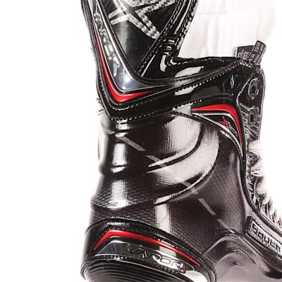 S17 Vapor X900 Ice Skate - Heel Close up (Bauer Vapor X900 Ice Hockey Skates - 2017 - Junior)