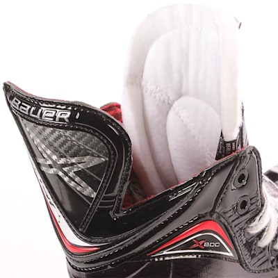 Tongue Shot (Bauer Vapor X800 Ice Hockey Skates - 2017 - Senior)