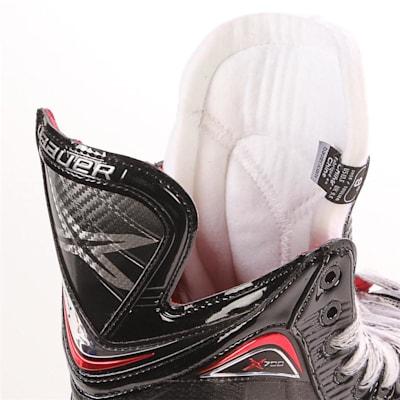 S17 Vapor X700 Ice Skate - Tongue Shot (Bauer Vapor X700 Ice Hockey Skate - 2017 - Senior)