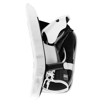 Extreme Flex E3.5 Blocker (CCM Extreme Flex E3.5 Goalie Blocker - Junior)