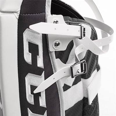 (CCM Extreme Flex E3.9 Hockey Goalie Leg Pads - Intermediate)