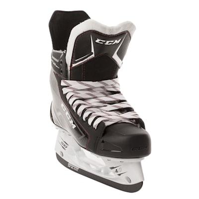Right Skate Front Outside Angle (CCM Jetspeed FT365 Ice Hockey Skates - Junior)