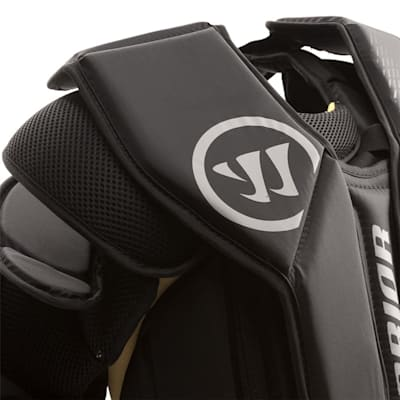 Collar Bone Closeup (Warrior Ritual GT Goalie Chest And Arm Protector - Junior)