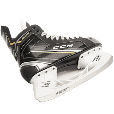 (CCM Tacks 9050 Ice Hockey Skates - Senior)