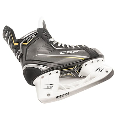 (CCM Tacks 9070 Ice Hockey Skates - Senior)