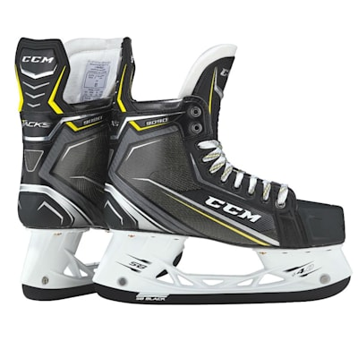 (CCM Tacks 9090 Ice Hockey Skates - Junior)