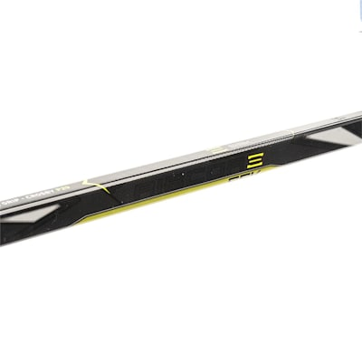 (CCM Ribcor 65K Grip Composite Hockey Stick - Senior)
