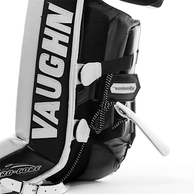(Vaughn Velocity VE8 XFP Goalie Leg Pads - Intermediate)