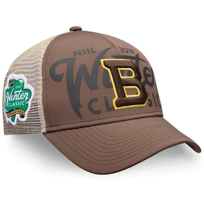 (Fanatics Bruins Winter Classic Trucker Cap - Adult)