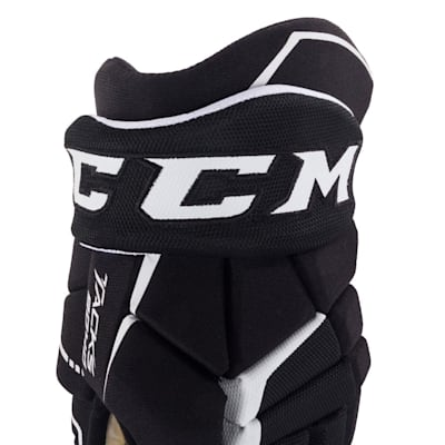 (CCM Tacks 9040 Hockey Gloves - Junior)