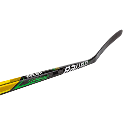 (Bauer Supreme Ultrasonic Grip Composite Hockey Stick - Junior)