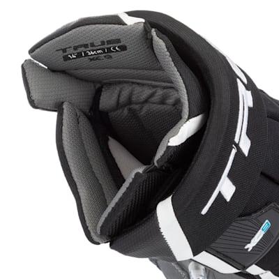 (TRUE XC9 Hockey Gloves - Junior)