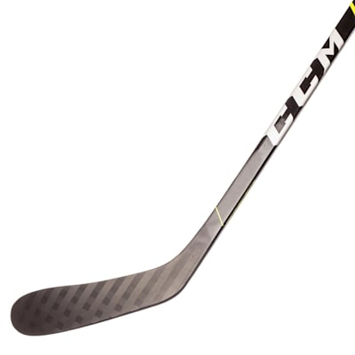 (CCM Super Tacks 9380 Grip Composite Hockey Stick - Intermediate)