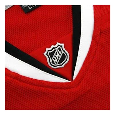 Collar (Reebok Chicago Blackhawks Premier Jersey HOME - Womens)