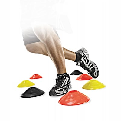 Agility cone action (SKLZ Agility Cone Set - 20 Pack)