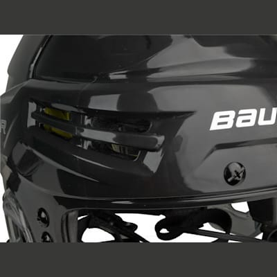 Vents In Front (Bauer RE-AKT Hockey Helmet)