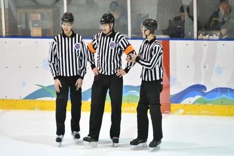 Becoming a Hockey Referee