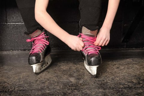 How to Treat Blisters From Hockey Skates