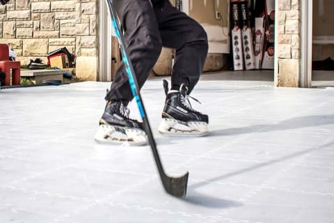 A Guide to Synthetic Ice for Hockey Players