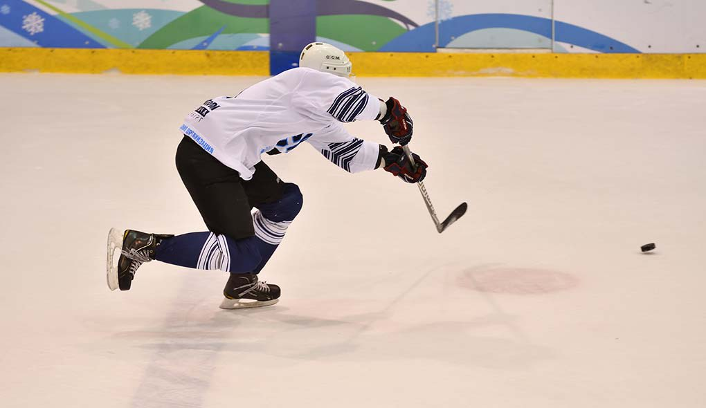 Hockey breakout