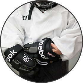 learn to play hockey gloves